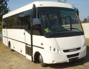 Dunabus-elől-oldalt-SSM10177